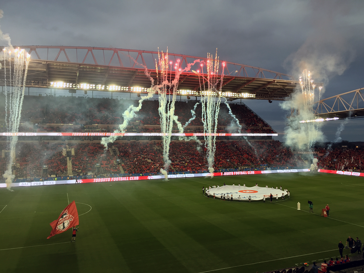 tfc_BMO_Field_May2016-2